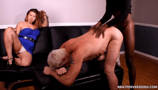 Husband Gets Fucked Tranny